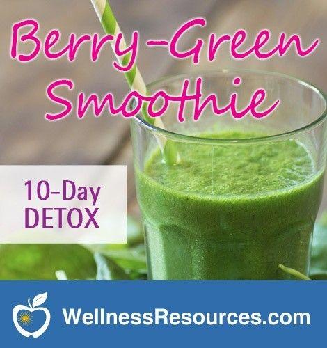 Berry Green Detox Smoothie