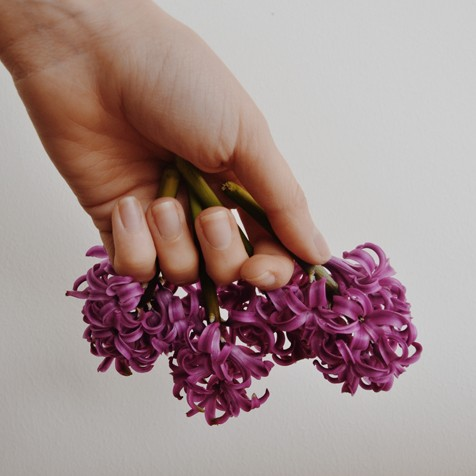 Top 5 Nutrients for Healthy, Beautiful Nails